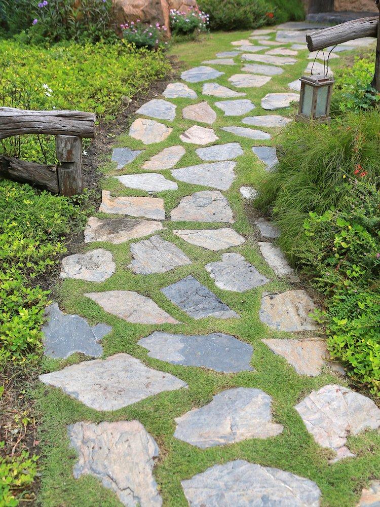 45 Home And Building Sidewalk Walkway Design Ideas